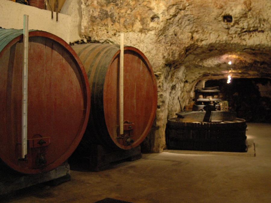 Cave du père Auguste