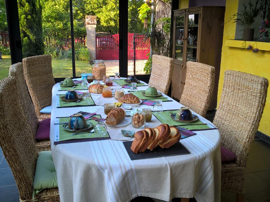 Clos Mony, Le petit déjeuner